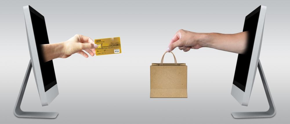 Os consumidores mudam hábitos de consumo, impactados pela pandemia da Covid-19, as compras online ganham maior espaço no mercado