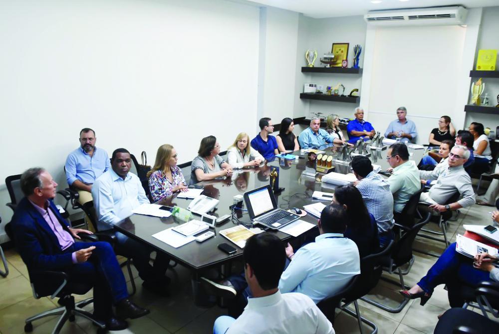 FCU apresenta ao prefeito Paulo Piau ações voltadas para o Bicentenário de Uberaba