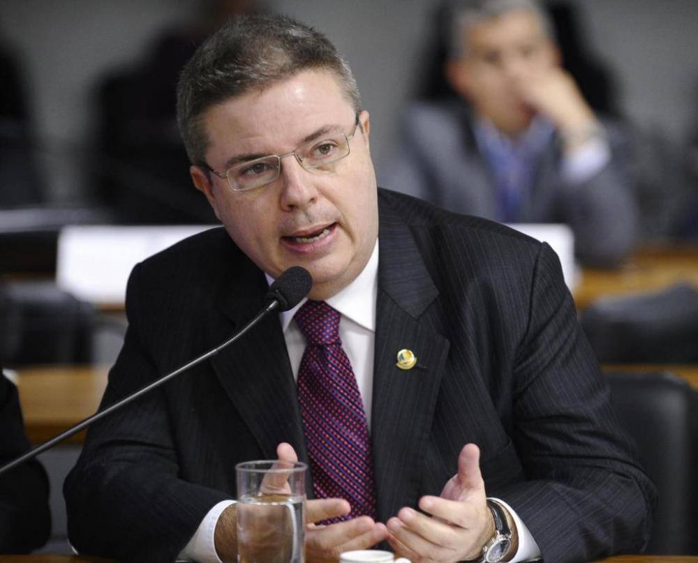 Emendas são do senador Antonio Anastasia e do deputado federal Franco Cartafina - Fotos: Divulgação