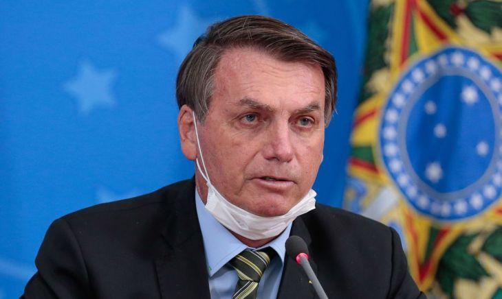 Presidente Jair Bolsonaro sancionou com vetos o projeto que prevê ajuda financeira de R$ 60 bilhões a estados e municípios - Foto: Divulgação