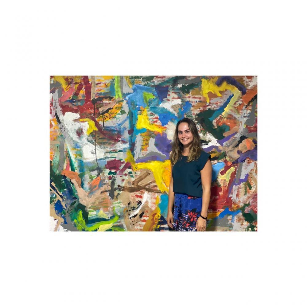 A artista plástica Uberabense, Tunica Barbosa vem encantando o mundo da decoração com suas magníficas telas. Tunica é casada com o bem sucedido empresário da Mac Desing Daniel Cecílio. Ela já expôs suas telas em Nova Iorque, Washington, já foi destaque na