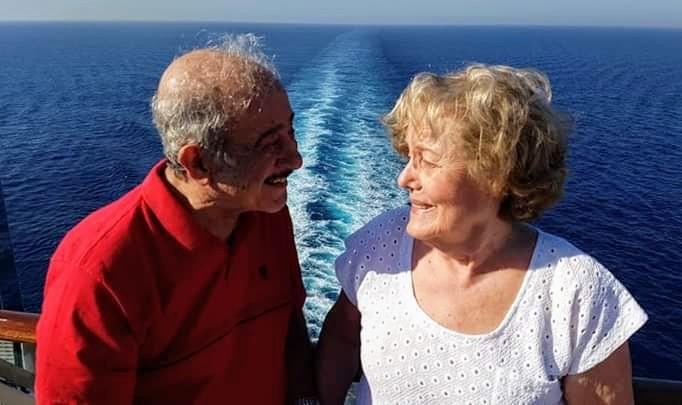 Os médicos João Hercos Filho e Elcy Silva Hercos, sempre dispostos para os mais belos roteiros e cruzeiros marítimos, recebem homenagens pelas Bodas de Diamante e pelos 60 anos de exemplos de amor e união familiar