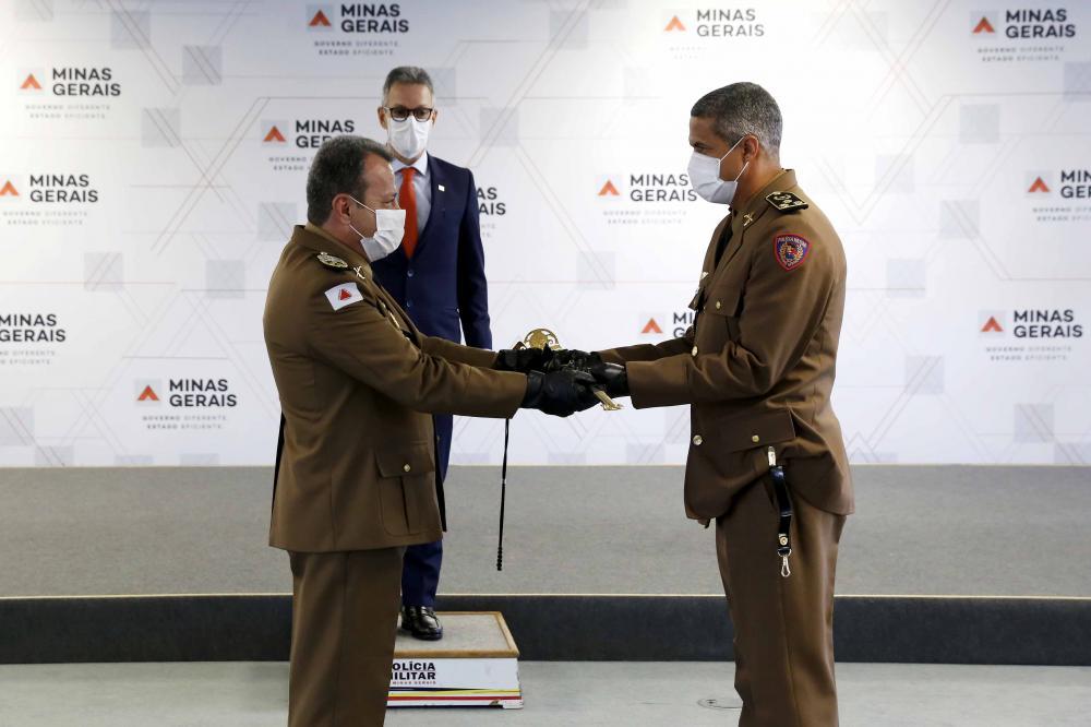 Governador Romeu Zema deu posse ao novo comandante-geral da PM coronel Rodrigo Souza Rodrigues - Foto: Gil Leonardi/Imprensa MG
