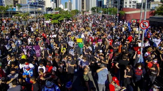 Manifestantes fazem protesto contra Bolsonaro - Foto: Divulgação
