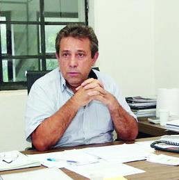 """""""Fundamental a conscientização da população para que, mesmo com a estatística positiva, as vias públicas não sejam alvos de descarte irregular"""", lembra secretário Toninho Oliveira"""