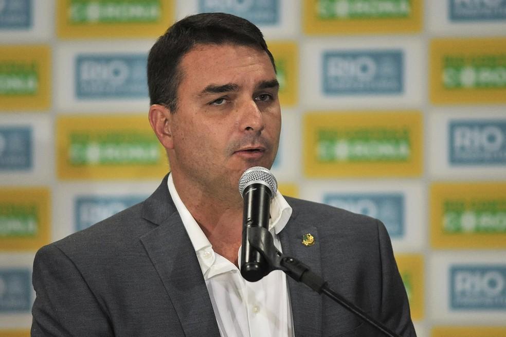 Flávio Bolsonaro é intimado pelo MPF para depor no caso dos vazamentos da PF em operação - Foto: Saulo Angelo/Futura Press
