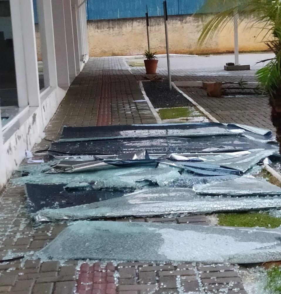 Ventania causou danos em todo município de Ilhota, no Vale do Itajaí - Foto: Divulgação
