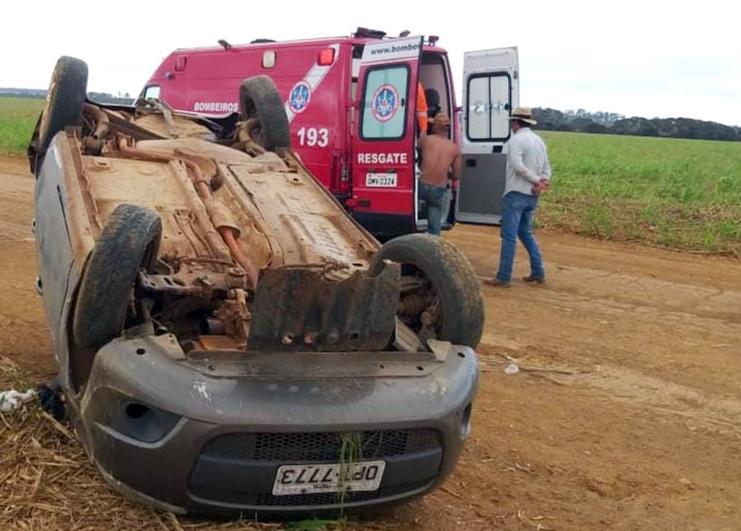 Acidente aconteceu em uma estrada vicinal às margens da BR-262 próximo ao km 773 - Foto: Juliano Carlos