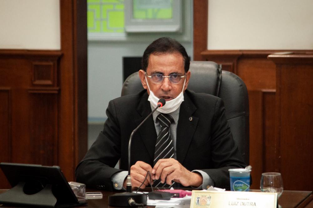 Vereador Luiz Humberto Dutra tenta viabilizar sua candidatura à prefeito dentro do MDB - Foto: Rodrigo Garcia/CMU