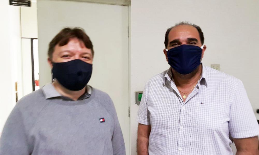 Vereador Ismar Marão (PSD) tenta convencer Fabiano Elias presidente do MDB a apoiar Heli Andrade para prefeito - Foto: Divulgação