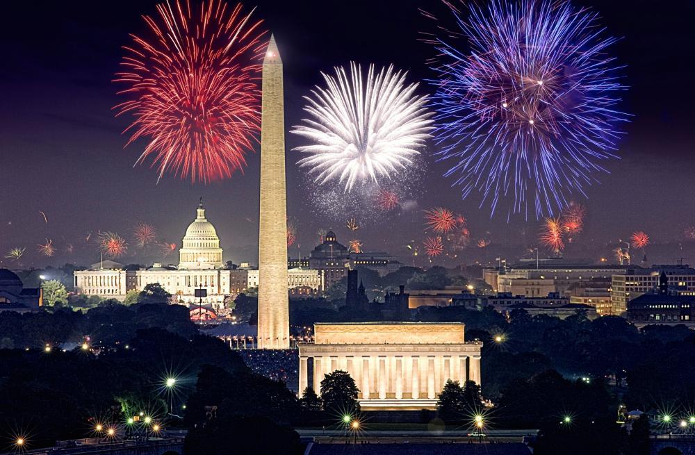 A data de 4 de julho, Dia da Independência dos Estados Unidos é o feriado nacional mais festejado naquele pais e em toda a América do Norte