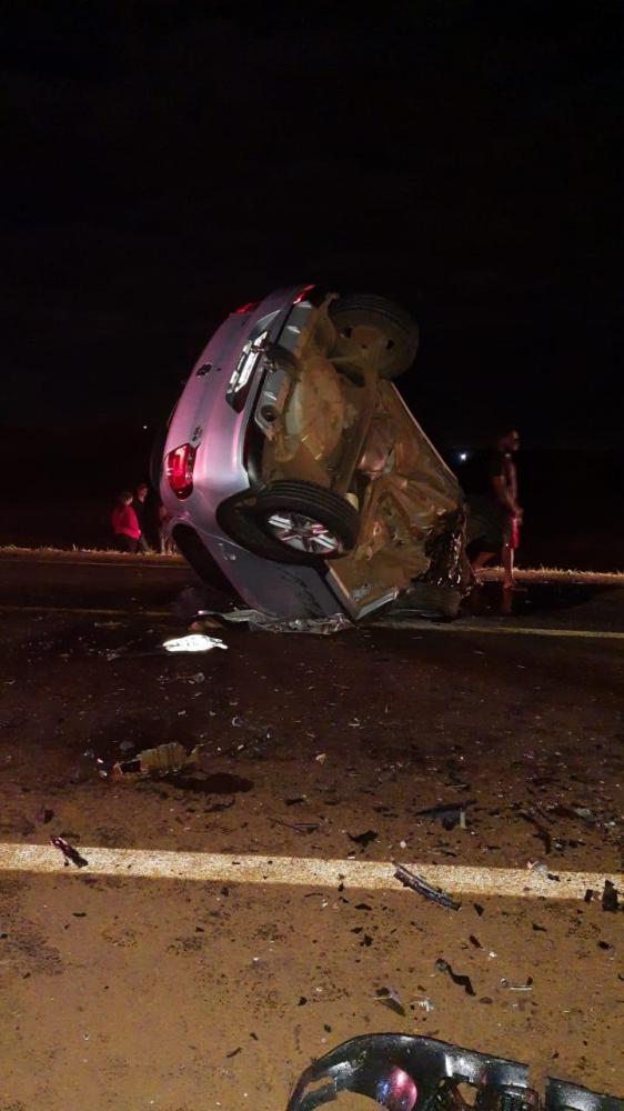 Carro ficou destruído após o acidente - Foto: Divulgação