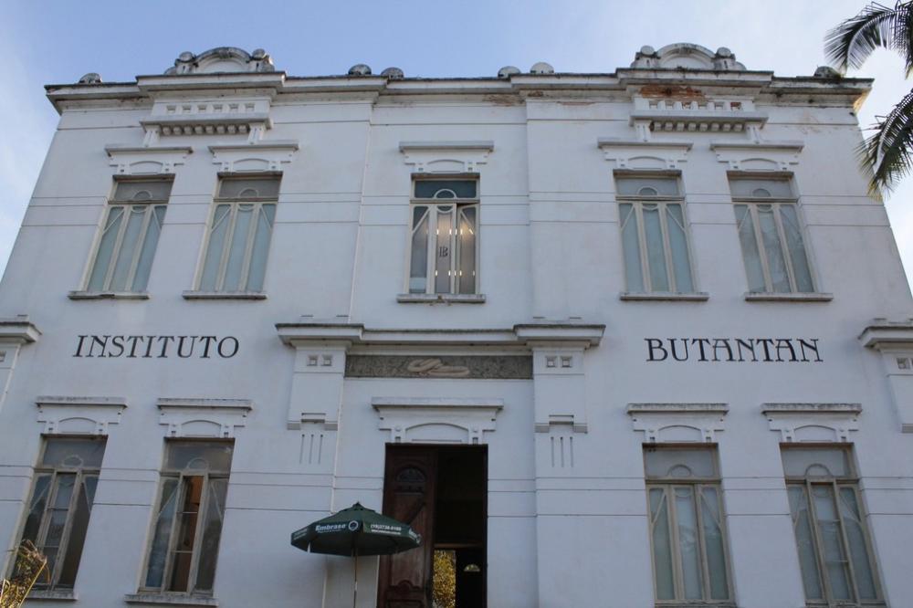 Em todo o Brasil, serão escolhidos 9 mil voluntários distribuídos por diversas regiões do país com acompanhamento do Instituto Butantan - Foto: Marcos Santos/USP Imagens