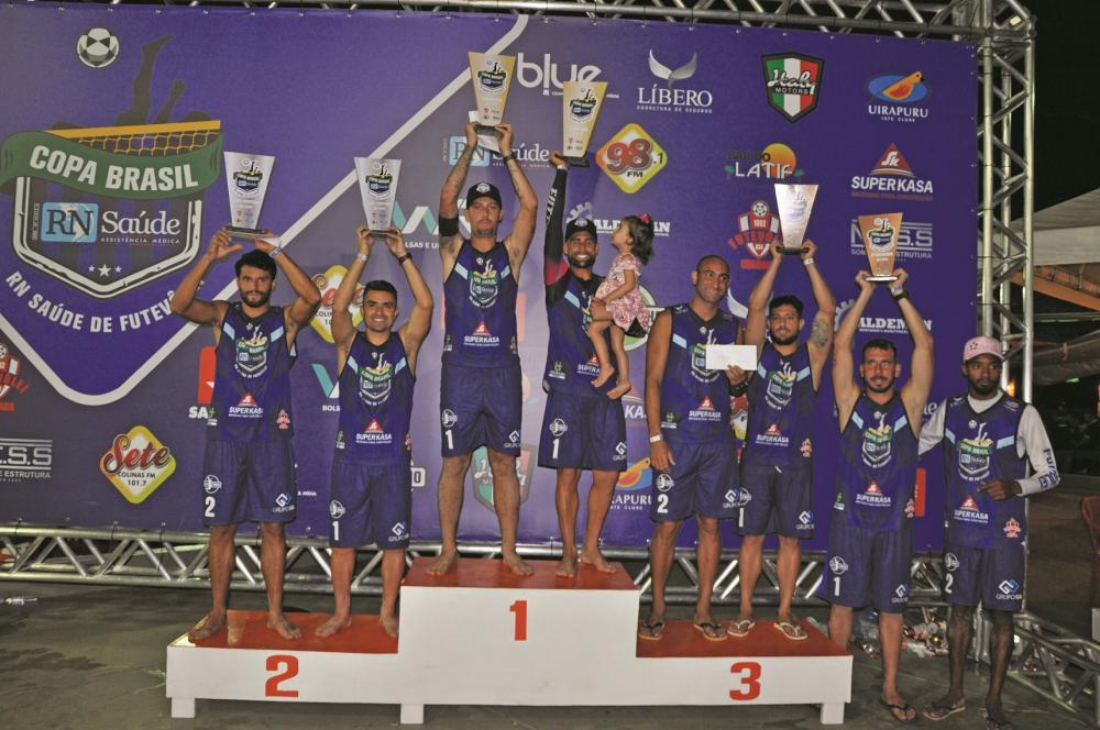 Lalazinho conquistou o título de campeão na categoria profissional/amador