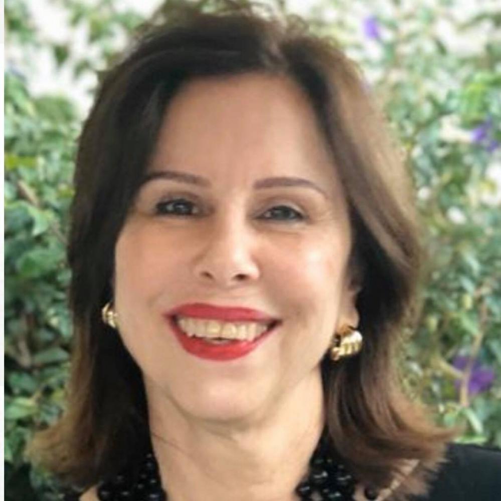 A querida Bibi Gomes, recebeu homenagens virtuais no dia de ontem, pelo aniversário