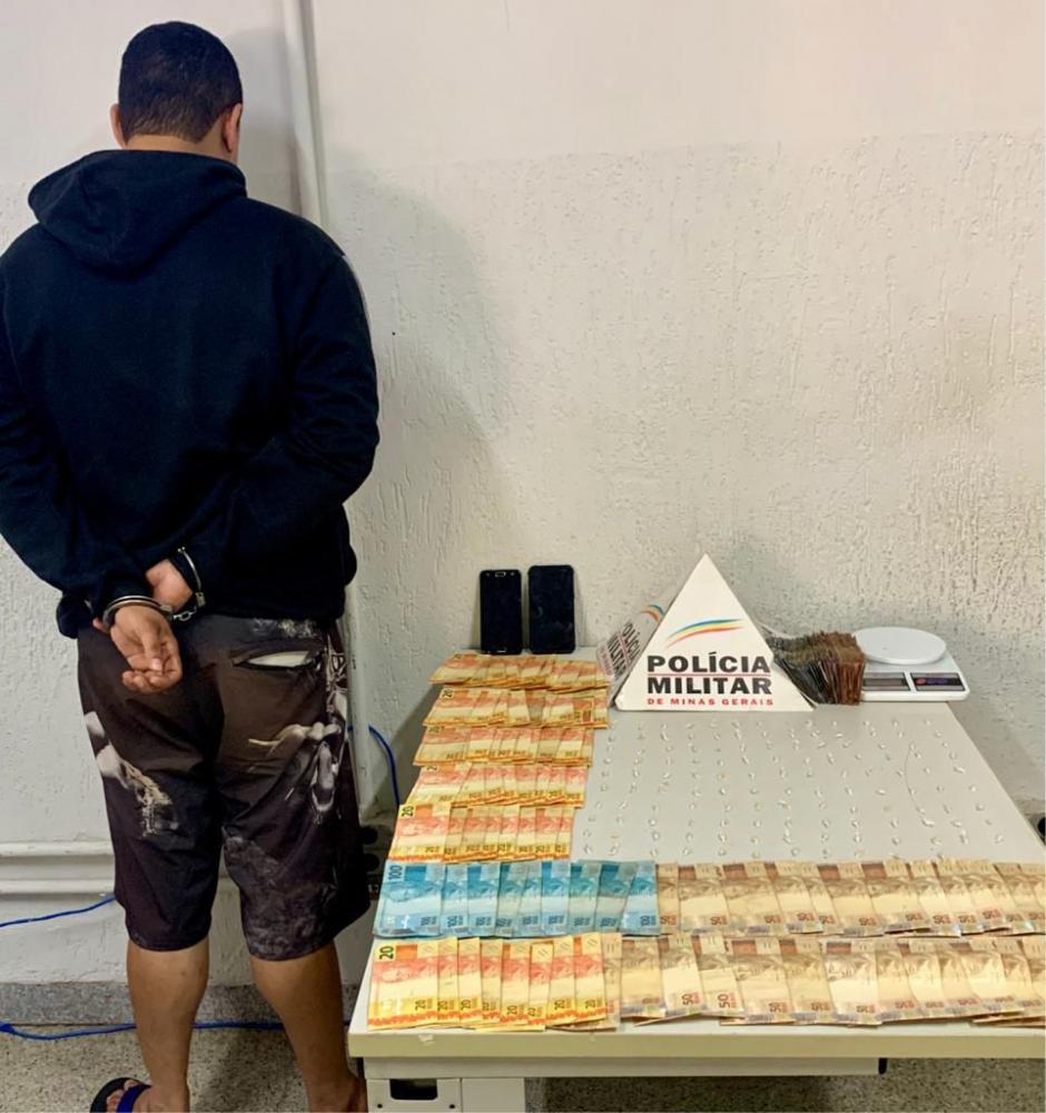Acusado foi detido pela PM no Jardim Canadá: Jovem foi preso no Gameleiras - Fotos: Juliano Carlos