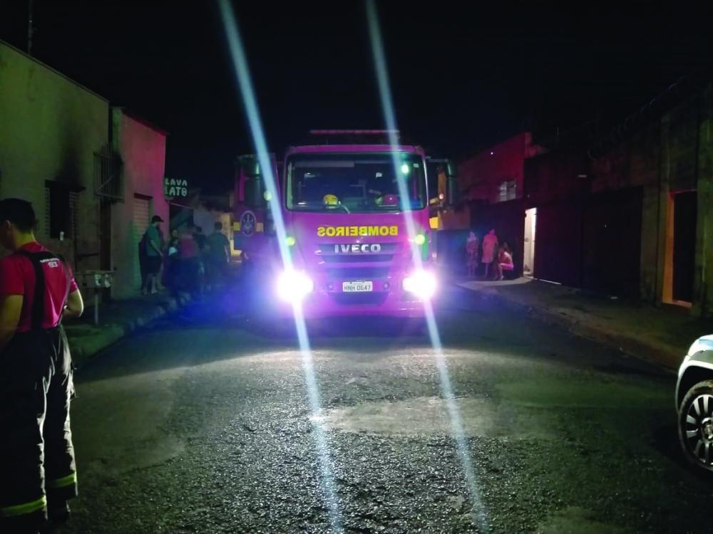 Incêndio foi registrado na noite da última quinta-feira