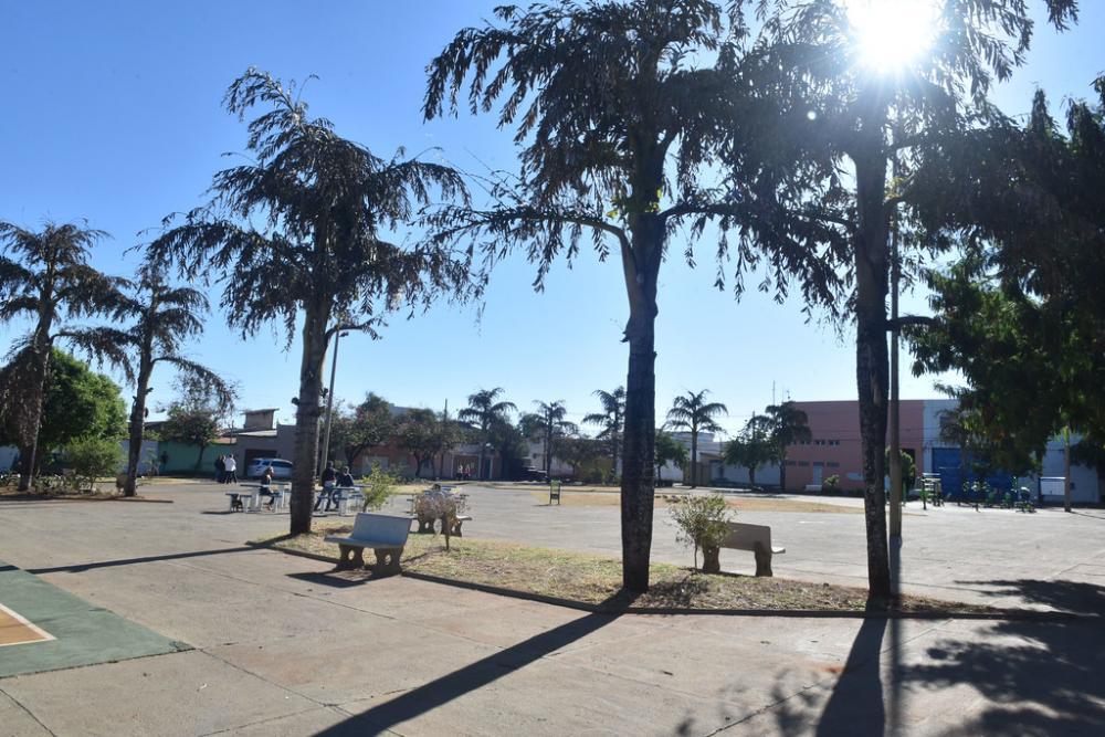 Praça Custódio Guimarães foi reformada e revitalizada atendendo ao pedido dos moradores do Parque São Geraldo - Foto: André Santos/PMU