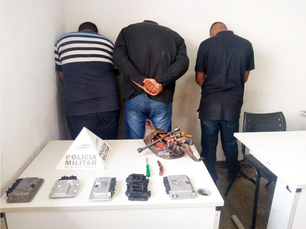 Acusados foram presos após perseguição - Foto: Juliano Carlos