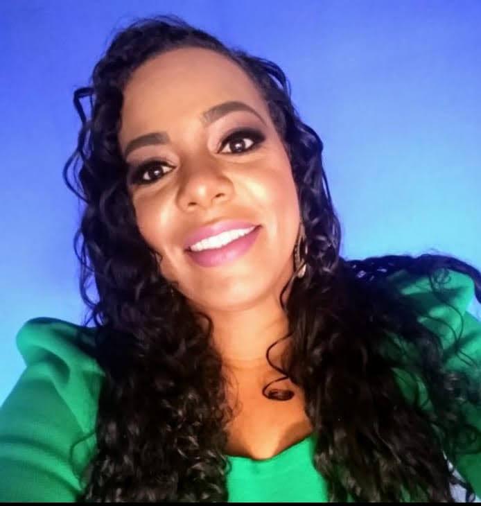 Daniela Aleixo Monteiro, mulher guerreira e comprometida com o bem estar social decidiu colocar seu nome com pré-candidata à vereadora nas eleições de 2020.