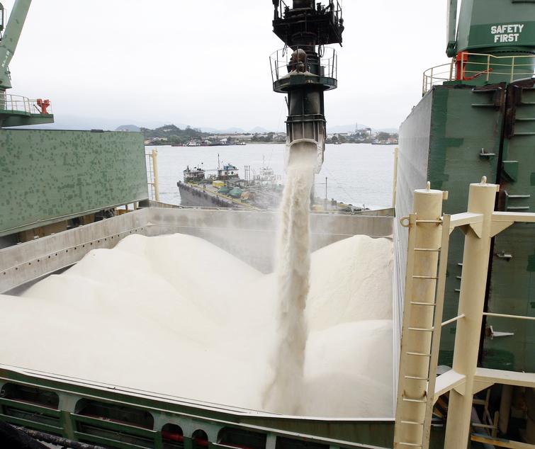 Dados da Organização Internacional do Açúcar, porém, mostram redução na participação brasileira no comércio global na safra