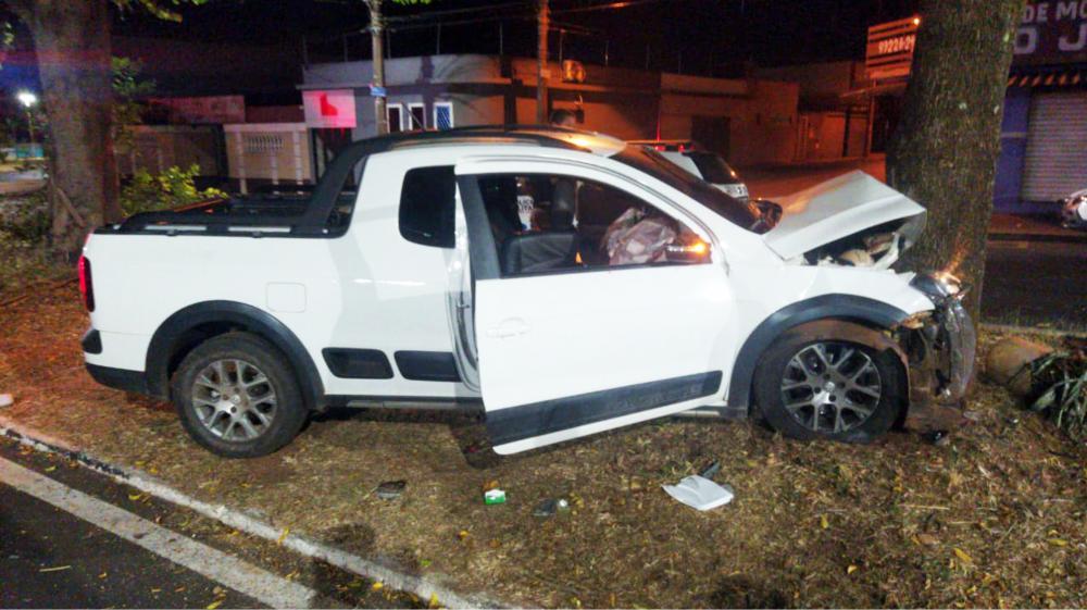 Veículo ficou destruído após o acidente no Santa Marta - Foto: Divulgação