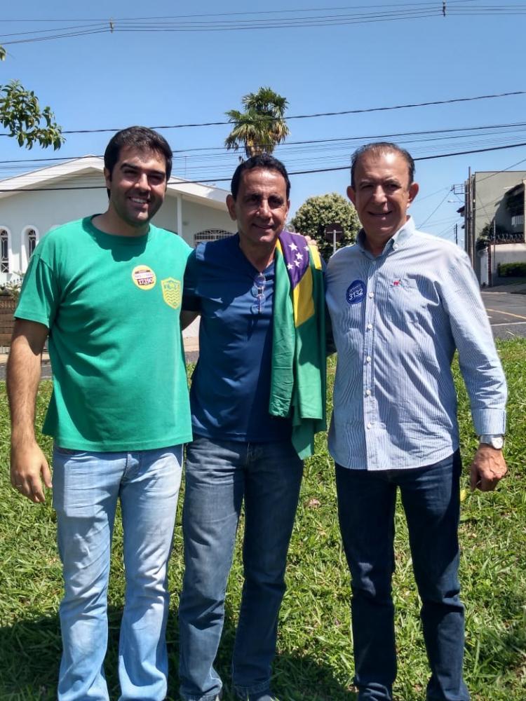 Depois de ensaiar rompimento com Heli Andrade e Franco Gomes, Dutra celebra o retorno a candidatura de vereador - Foto: Divulgação