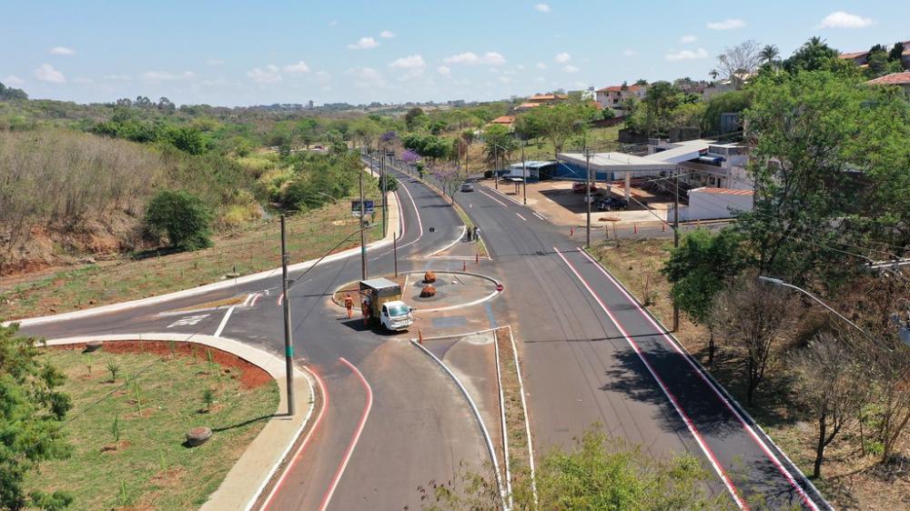 O superintendente de Trânsito e Mobilidade Urbana, Ulisses Lamas informou que foi criada uma rotatória - Foto: André Santos/PMU