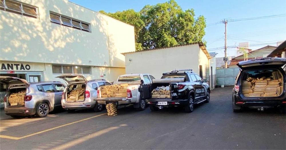 PC encontrou drogas em um sítio: PM apreendeu mais drogas na BR-262 - Fotos: Juliano Carlos