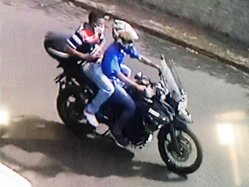 Bandidos roubaram a motocicleta no bairro Abadia - Foto: Reprodução