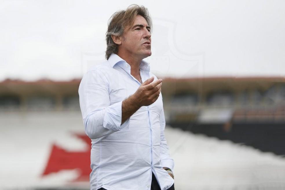 Ricardo Sá Pinto estreia hoje no comando do Vasco - Foto: Rafael Ribeiro/Vasco