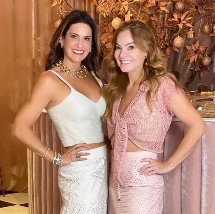 As poderosas Mônica Hial e Manu Touma no evento de Moda Alto Verão Empório Abreu.