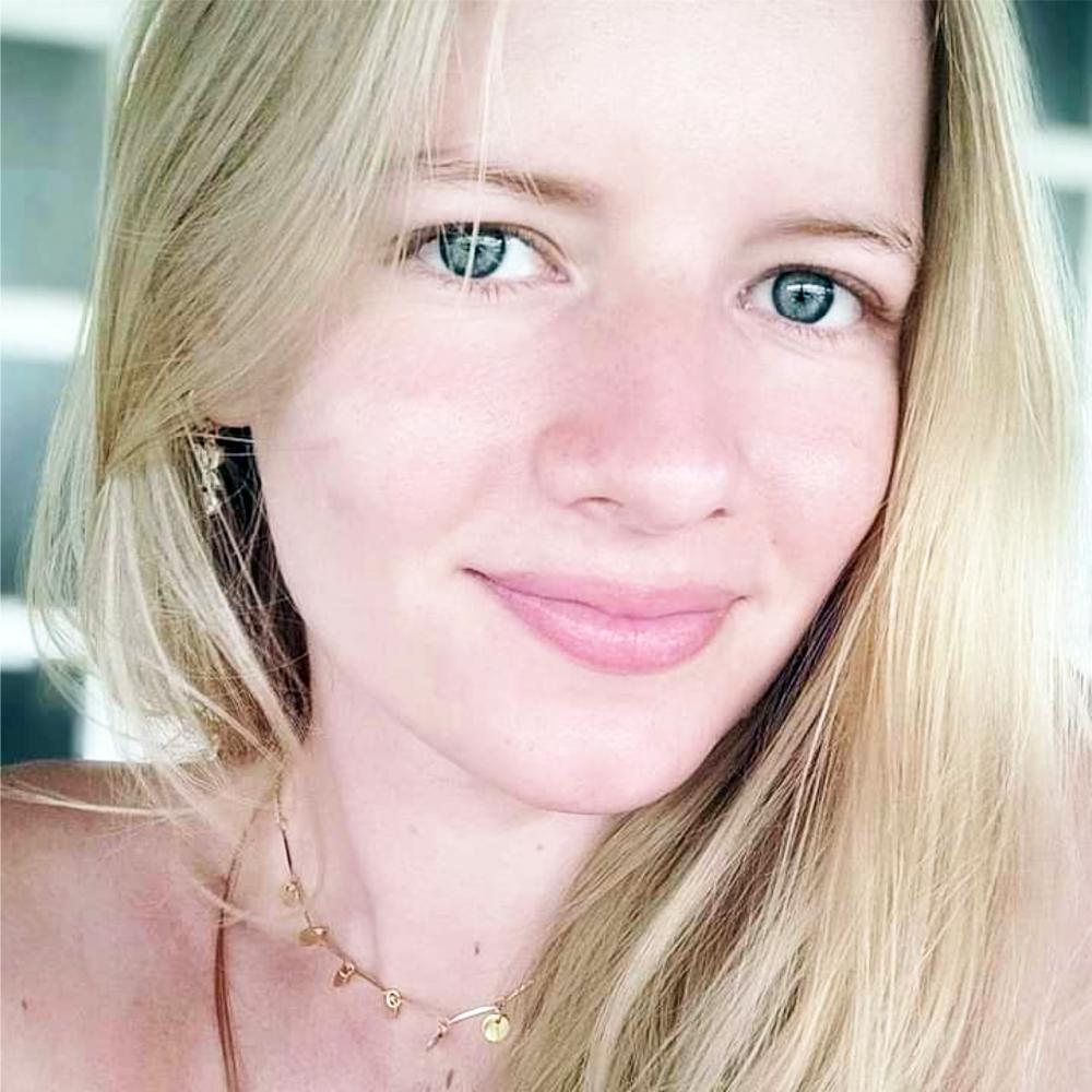 Gabriela Dutra, filha de Joana D´ar e Magno Dutra, a bela sobrinha e afilhada da jornalista Rose Dutra, recebeu homenagens pelo seu aniversário, comemorado no último sábado