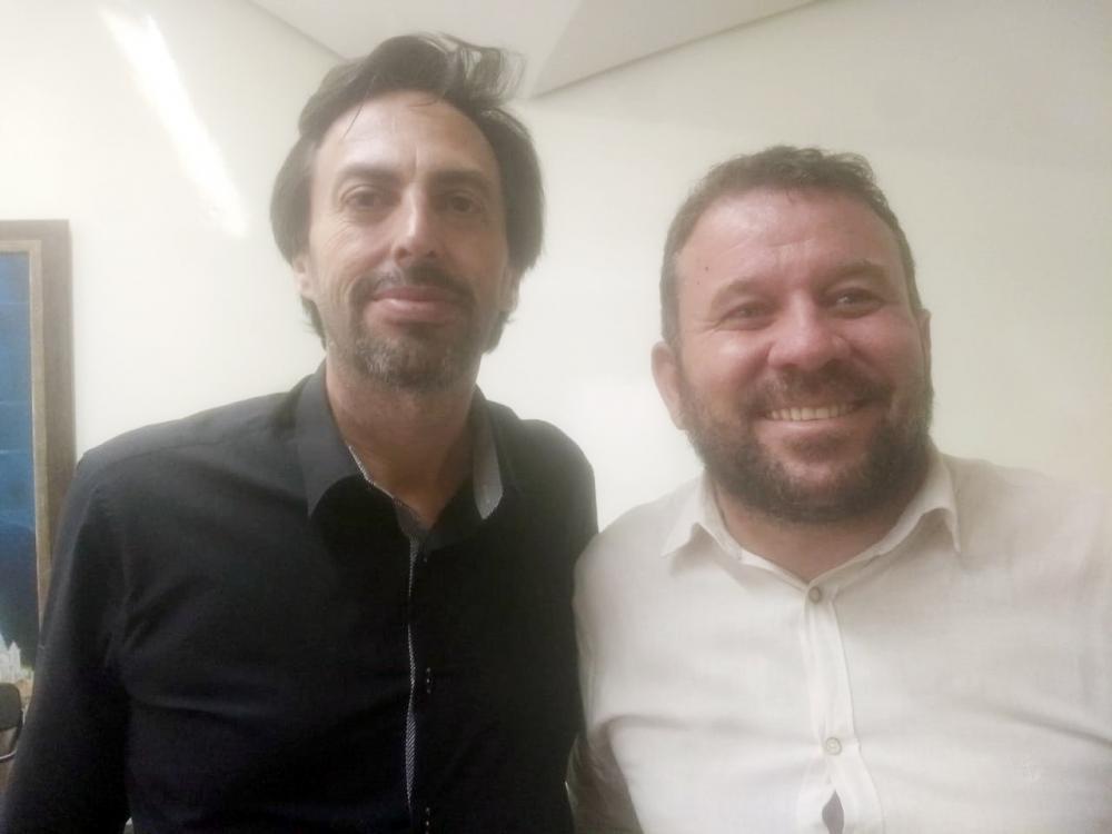Lawrence Borges diretor do JORNAL DE UBERABA com Germano Fernandes, candidato à presidência do Partido dos Trabalhadores de Uberaba