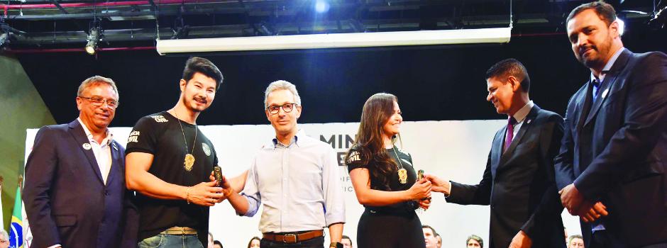 Durante a cerimônia de entrega de 207 novas viaturas, Romeu Zema reafirmou o compromisso de apoiar a Polícia Civil de Minas