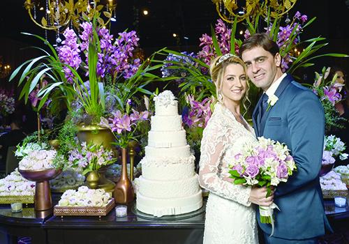Angélica Taciana Sisconetto e Rodrigo Camargo de Carvalho, noivos do requintado casamento do último dia 31 de agosto