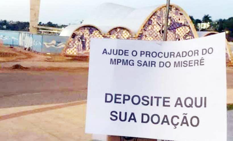 Protesto foi colocado em frente à Igreja da Pampulha - Foto: Reprodução/Redes Sociais