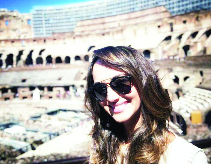 Fernanda Salum comemora niver no último dia 19 em temporada na Itália