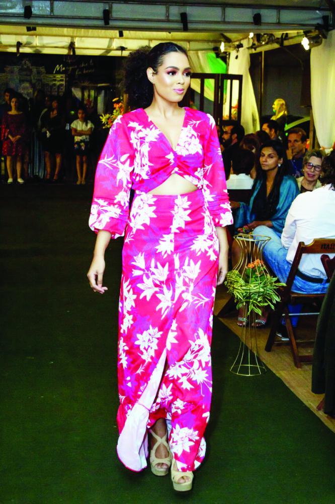 A modelo Maria Eduarda Barcelos no último lançamento da revista Mulheres. Aguardem mais novidades do mundo fashion na próxima edição - Foto: Paulo Lúcio