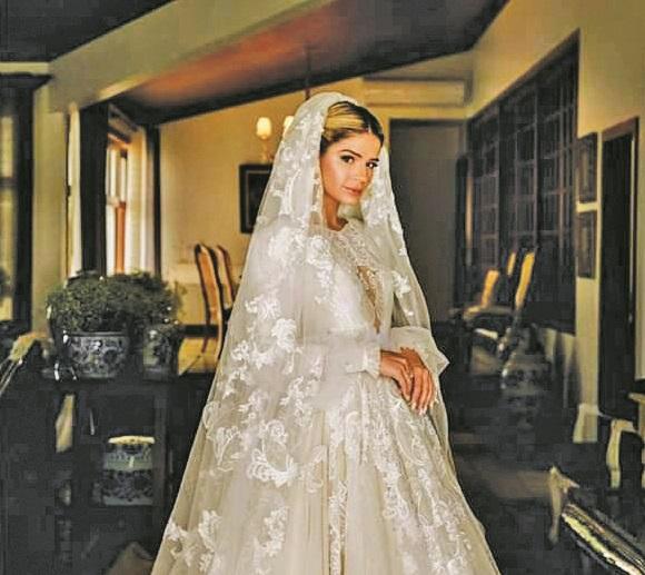 """A poderosa """"Digital Influencer"""" Thassia Naves viveu literalmente um """"conto de fadas"""", no dia do seu casamento realizando no sábado, 21 de setembro, em Uberlândia"""