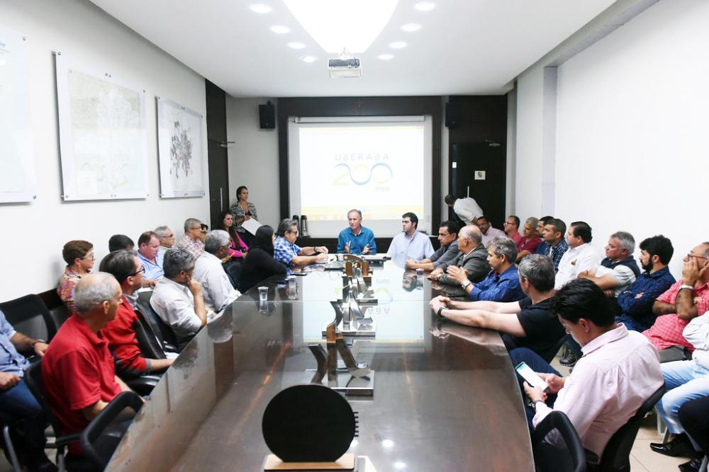 Os recursos para as obras são oriundos de financiamento e estão dentro das ações do Plano 200, lembra o prefeito Paulo Piau - Foto: André Santos/PMU