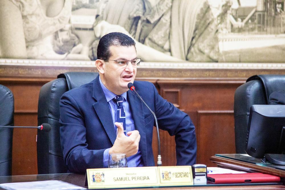 Vereador Samuel Pereira volta a cobrar medidas para municipalização do Hospital Regional - Foto: Rodrigo Garcia/CMU