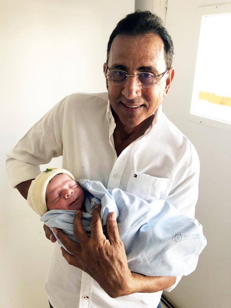 O vereador, atual secretário de Governo Luiz Humberto Dutra comemora o nascimento do neto - Foto: Arquivo pessoal/Thiago Silva