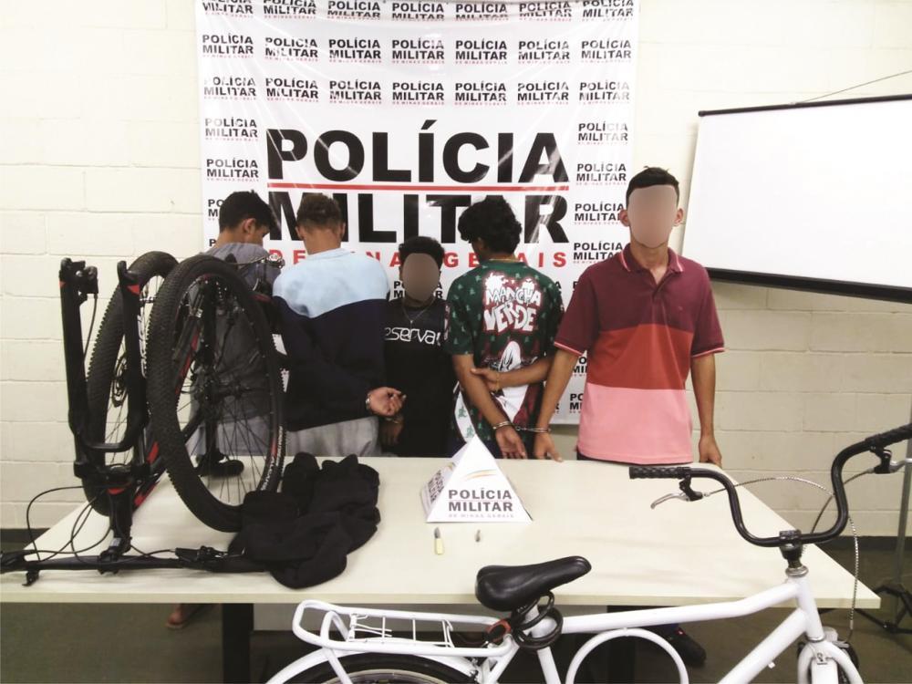 Acusados foram detidos com bicicletas produtos de crime