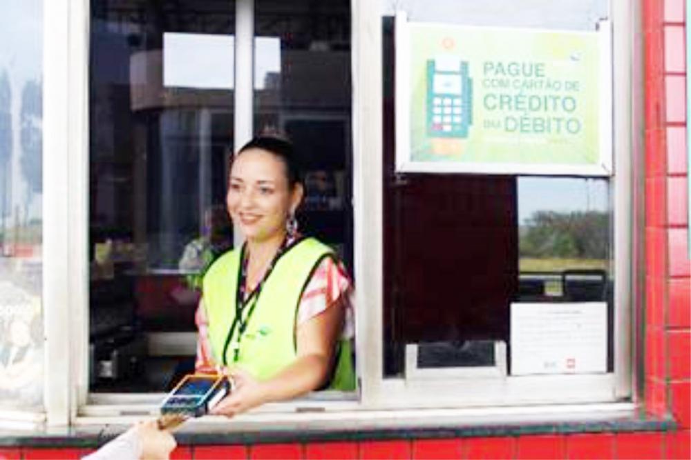 Mais práticos e seguros, cartões agilizam o pagamento - Foto: Divulgação