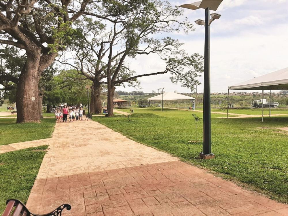 Oficinas, jogos recreativos e apresentações culturais estão entre as atrações para as famílias no Parque das Barrigudas, na Univerdecidade - Foto: Divulgação/Codau