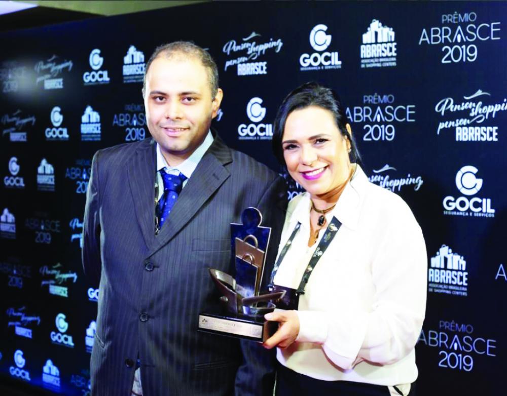 Gerente de Marketing, Lucy Jardim se prepara para receber novo prêmio - Foto: Divulgação