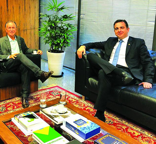 Prefeito Paulo Piau esteve com o senador Rodrio Pacheco solicitando recursos para Uberaba e região - Foto: Divulgação