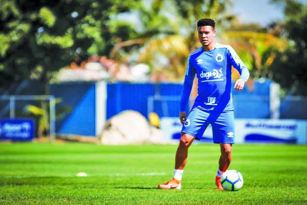 Marquinhos Gabriel deve ser a novidade do Cruzeiro diante do Corinthians - Foto: Vinnicius Silva/Cruzeiro