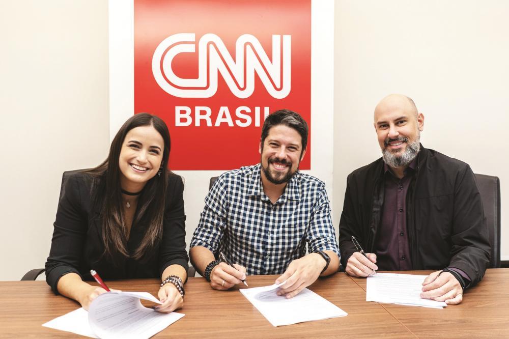 Mari Palma, Phelipe Siani e Douglas Tavolaro, CEO da CNN - Fotos: Divulgação